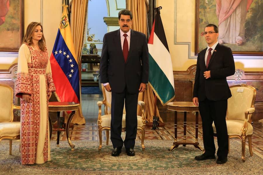 Abusos de Israel a Palestinos deben ser tan indignantes como Holocausto Nazi: Maduro