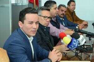 Presentan a ex diputado del PVEM Héver Quezada como titular de comunicación en Congreso