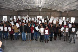 Reciben 190 ejidatarios de La Cruz  títulos de propiedad del Gobierno Federa
