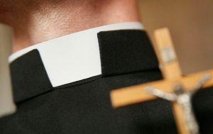 'La pedofilia no mata a nadie, el aborto sí', dice Sacerdote
