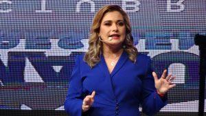 Maru rebasa a Pérez Cuéllar en carrera a la gubernatura