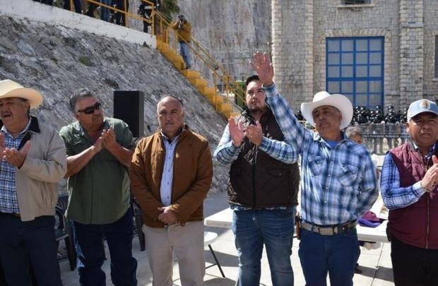 Ante posible detención por violencia y vandalismo, Alcalde de Camargo se esconde de autoridades