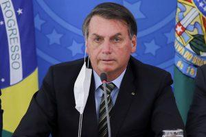 Deroga Bolsonaro medida para cesar pago de salarios en Brasil por COVID-19