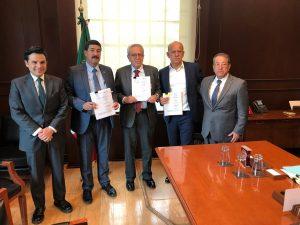 Reitera Corral rechazo a sistema de servicios médicos gratuitos en Chihuahua
