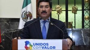 Se entrampa Corral contra titular de Profeco en defensa de De la Vega por conflicto gasolinero
