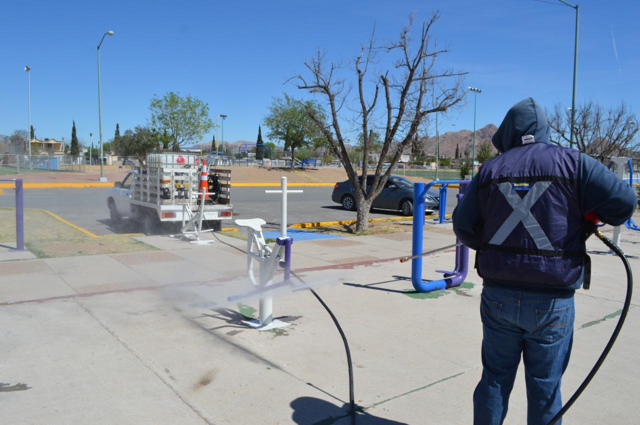 Comienza Gobierno Municipal con limpieza y desinfección en parques