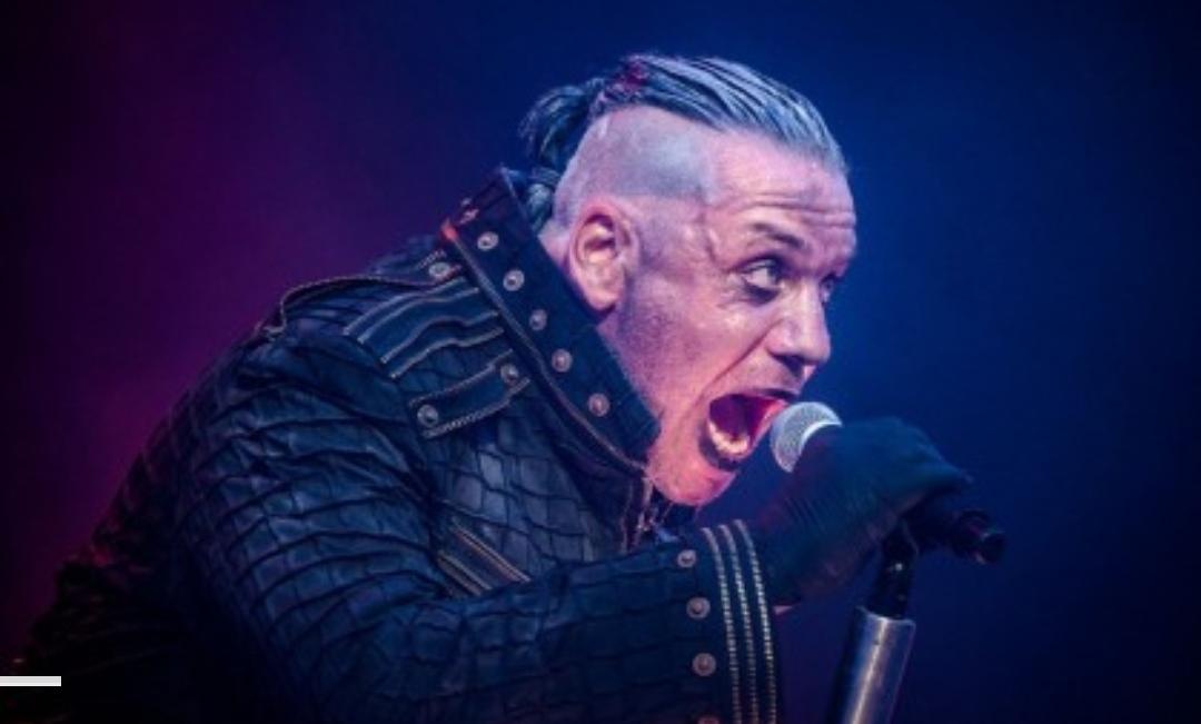 Hospitalizan a vocalista de Rammstein por Coronavirus