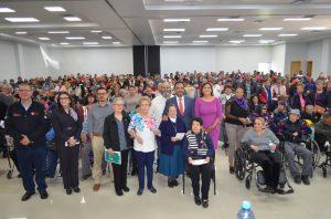 Arranca 4T entrega de tarjetas en Juárez, a miles de adultos mayores para pensión