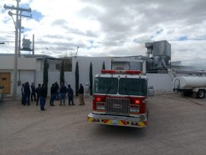 Se incendia fabrica de puertas en colonia Aeropuerto