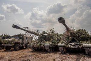 Prepara Venezuela defensa contra ataque de Estados Unidos desde el mar y Colombia