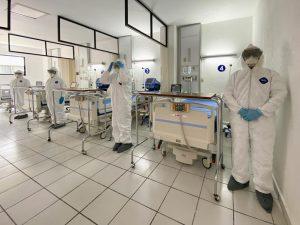 Supervisa AMLO reconversión de hospital militar para atender COVID19 en EdoMex