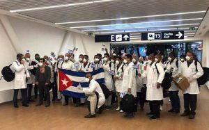 Envía Cuba médicos a México para combatir el coronavirus