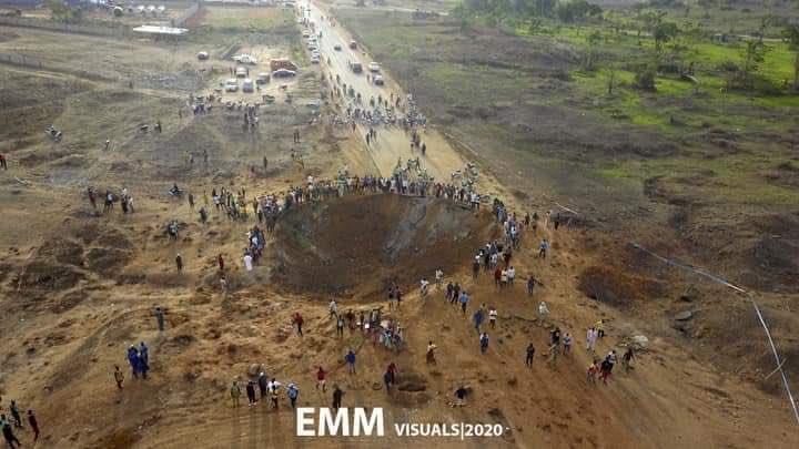 Causa pánico supuesto impacto de meteorito en Nigeria, autoridades descartan y señalan explosión
