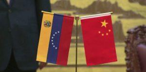 Advierte China que no aceptará ninguna invasión de Estados Unidos a Venezuela