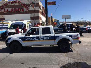 Policías resultan con heridas leves tras volcar