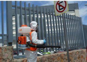 Siguen operativos de limpieza en espacios públicos