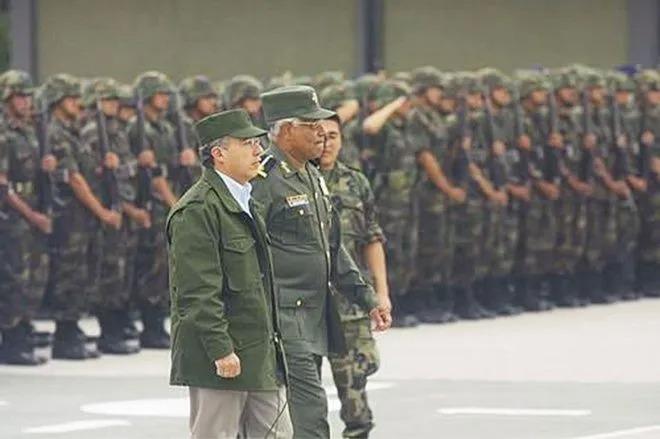 """Guardia Nacional regulará fuerzas armadas, no militariza"": Hugo González"