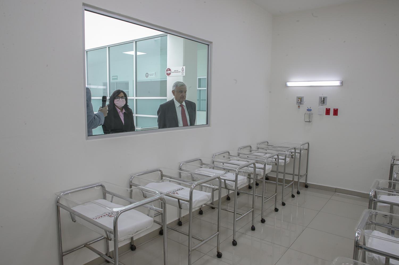 «Seguirán mejoras al sector salud»: AMLO destaca gratuidad en atención médica por COVID-19