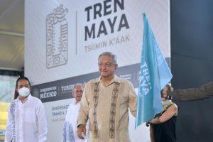 """Da AMLO banderazo a construcción del """"Tren Maya"""" en Cancún, generará 150 mil empleos directos"""
