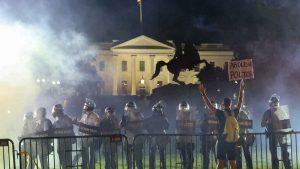 Casa-Blanca-protestas