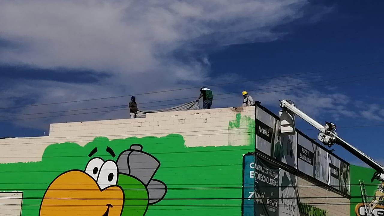 Rescatan a pintor que se electrocutó en Rewo