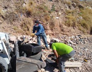 Cuadrillas retiran basura y desazolvan arroyos de la ciudad