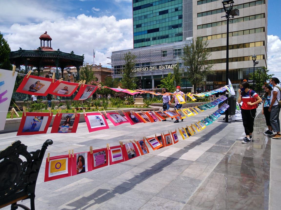 «No hay marcha, pero el orgullo sigue», conmemoran colectivos LGBT su día