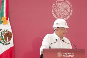 Avanza autosuficiencia energética en México, revisa AMLO refinería Antonio M. Amor en Guanajuato
