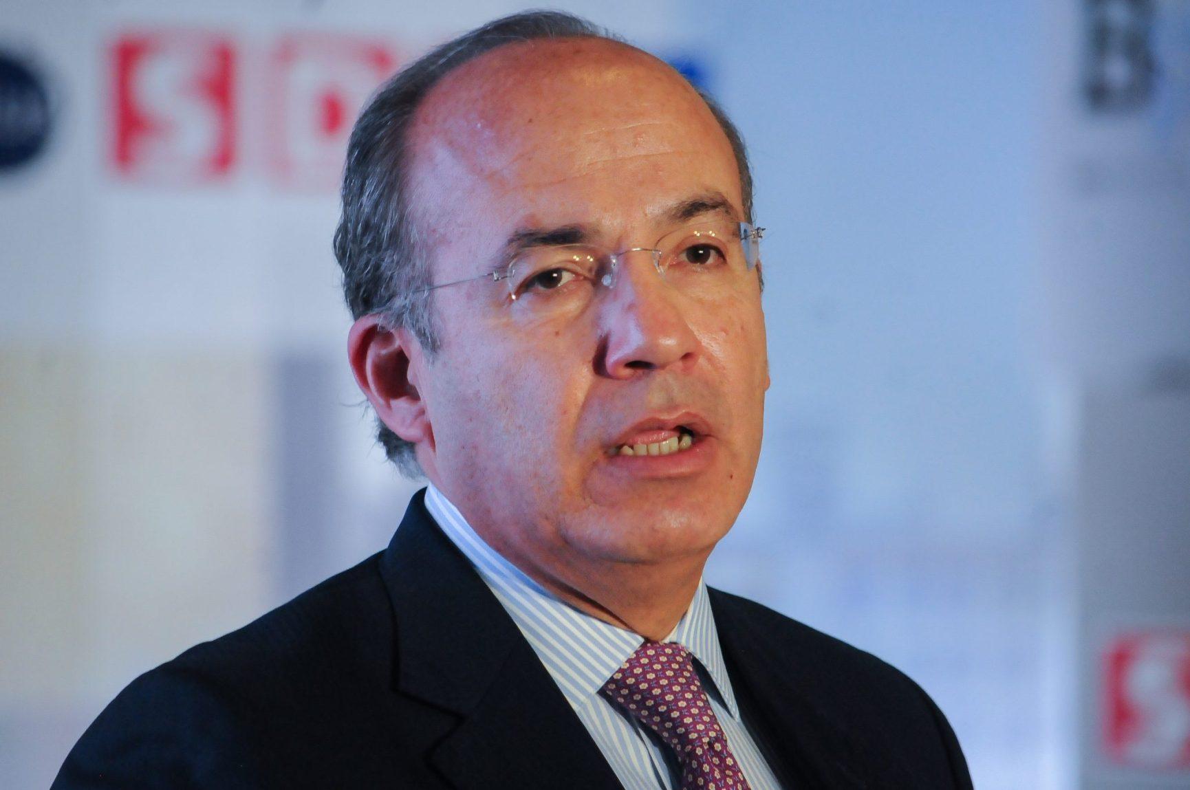 """Propone Calderón """"rebelión armada"""" contra AMLO y también en Venezuela"""
