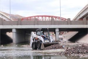 Trabaja Gobierno Municipal en limpieza de cauces y arroyos