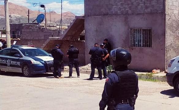 Pistoleros entran a vecindad para matar a sujeto