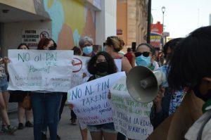 """Exigen colectivos rechazar """"Pin parental"""" por violentar derechos de menores a la educación"""