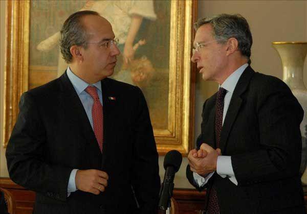 Ordena Corte Suprema de Colombia detención del expresidente Álvaro Uribe