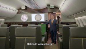 Exhibe AMLO lujos del avión presidencial; llama a comprar cachitos