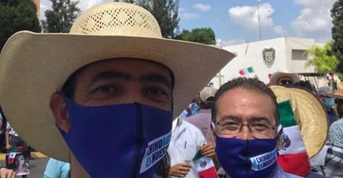 """""""Patriotera, corriente y oportunista"""" que un partido quiere agarrar bandera en tema del agua en Chihuahua: AMLO"""