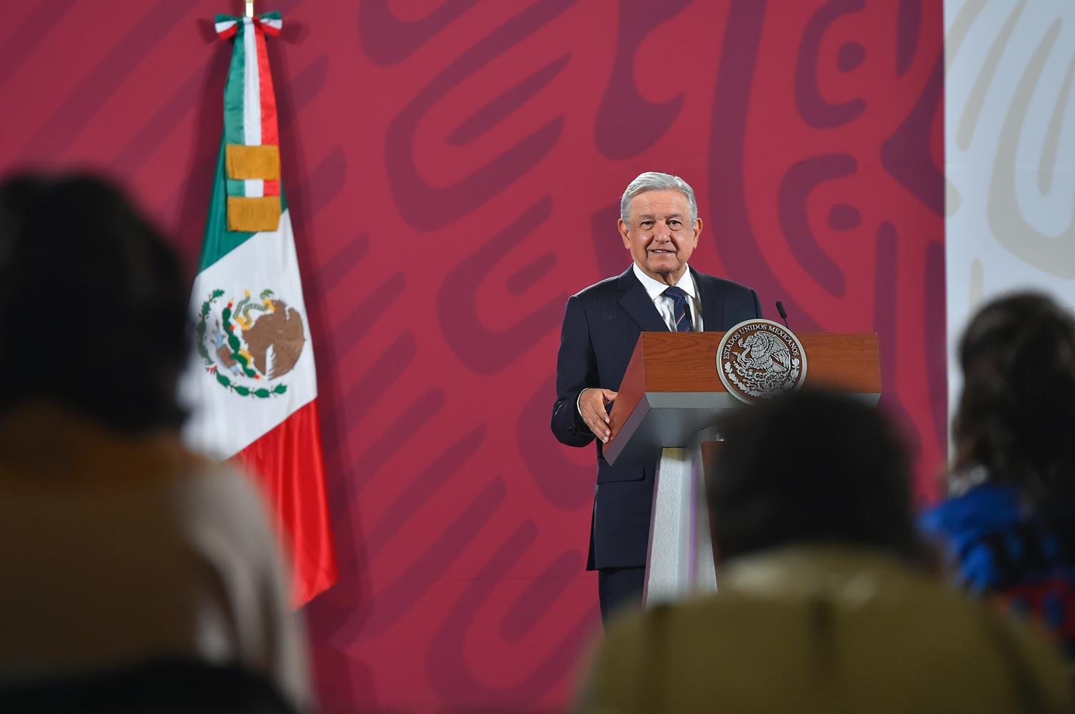 """Anuncia AMLO limpia en la SEDENA tras detención de Cienfuegos """"no vamos a encubrir a nadie"""""""