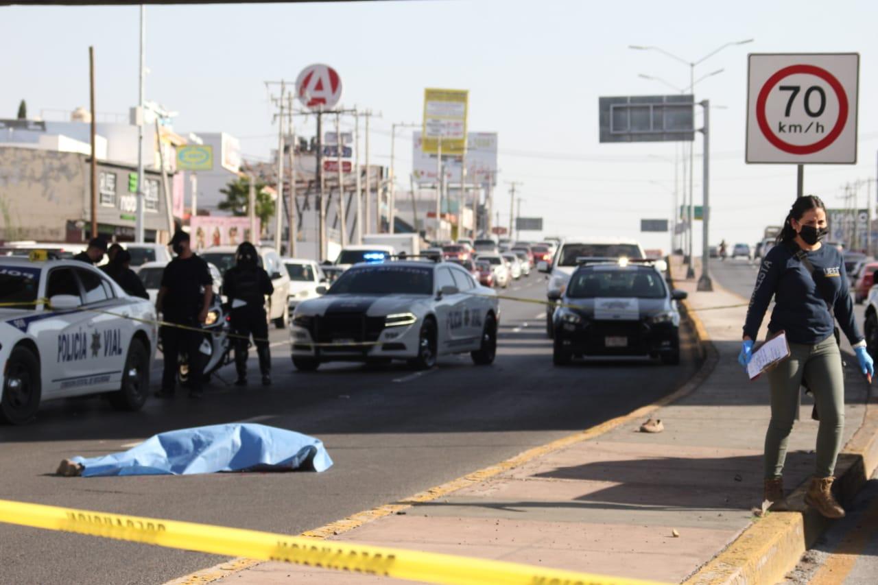 Era Gilberto Marmolejo, el hombre que saltó del puente de Circuito Universitario