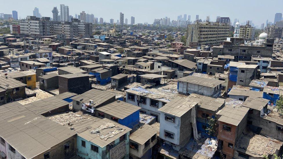 Mitad de la población de India podría tener COVID19 para febrero del 2021