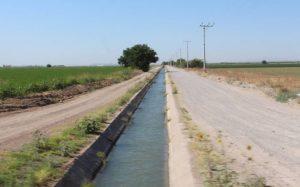Cierra Conagua acequias por fin de ciclo de riego, autoridades locales dicen que quitarán agua a camarguenses