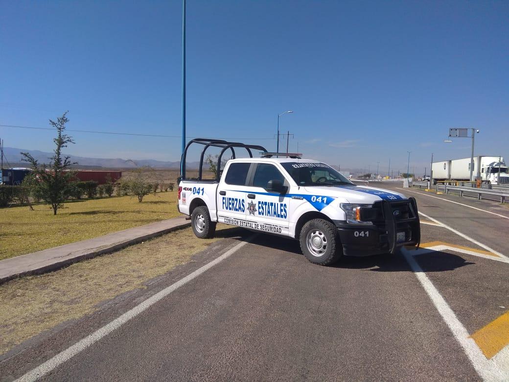 Atacan a balazos a dos hombres en rúa a Juárez