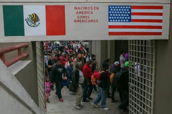 Preocupa a mexicanos reactivación de deportaciones con Biden por política anti migrantes de Obama