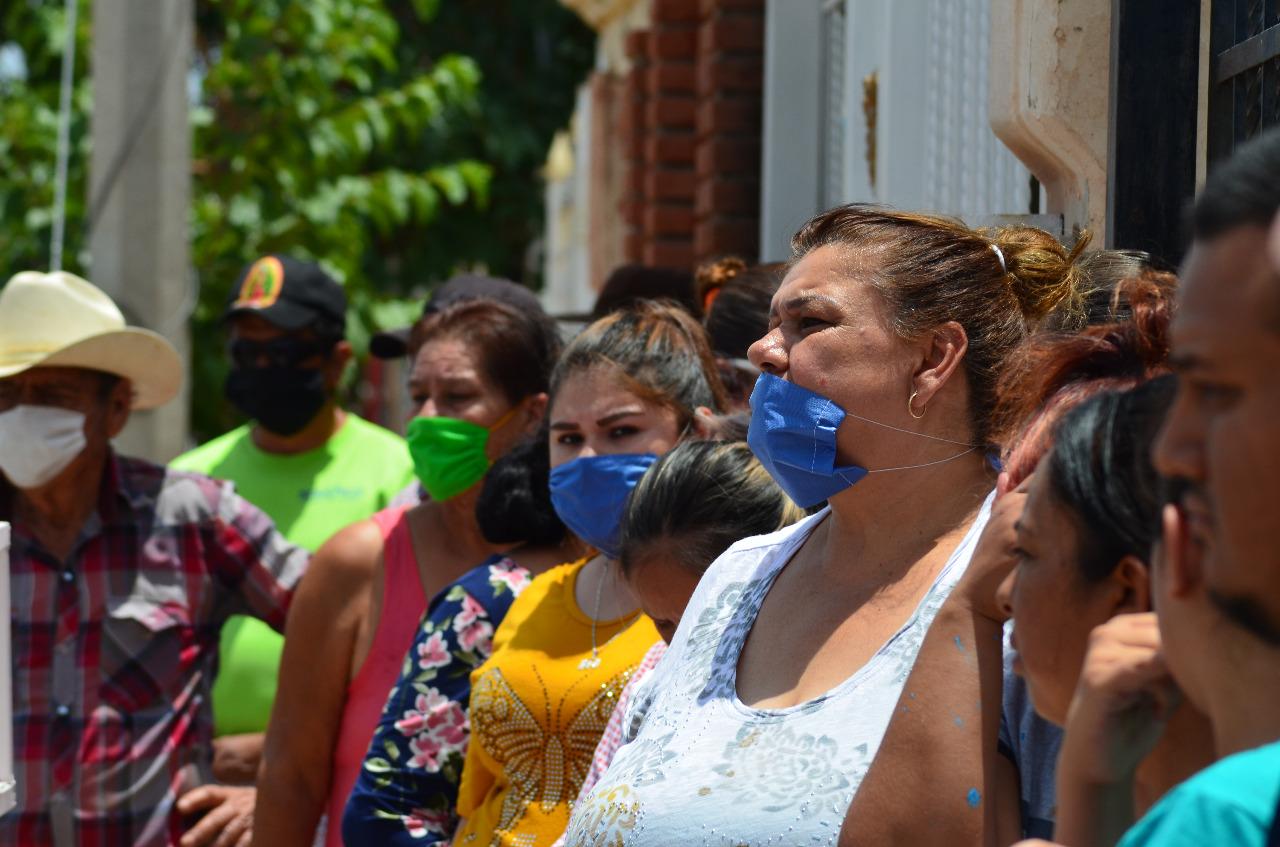 Convoca Gustavo De la Rosa a amparo colectivo contra sanciones por Ley Cubrebocas