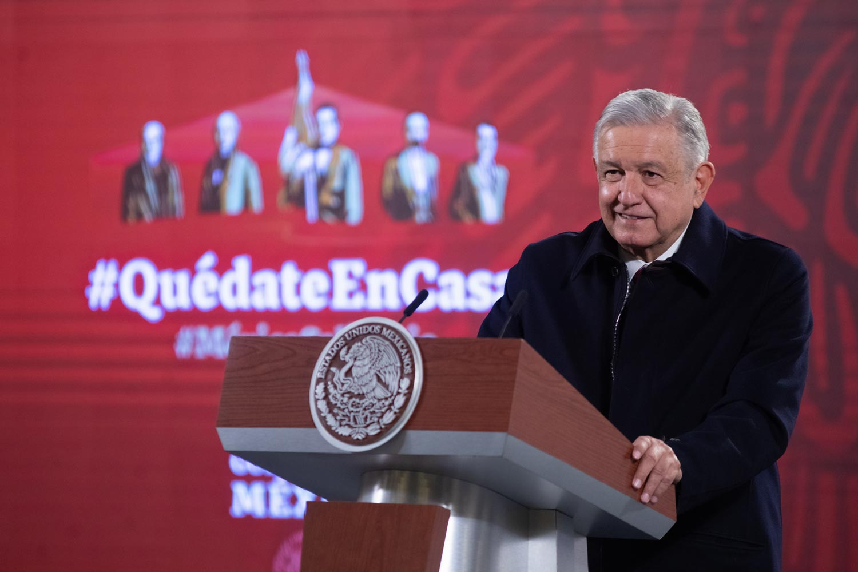 """""""En 2023 México ya no comprará gasolinas en el extranjero"""": AMLO; """"producción local encamina a la autosuficiencia energética"""""""