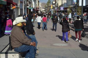Registra Chihuahua nuevo incremento de contagios, relacionan movilidad por compras navideñas