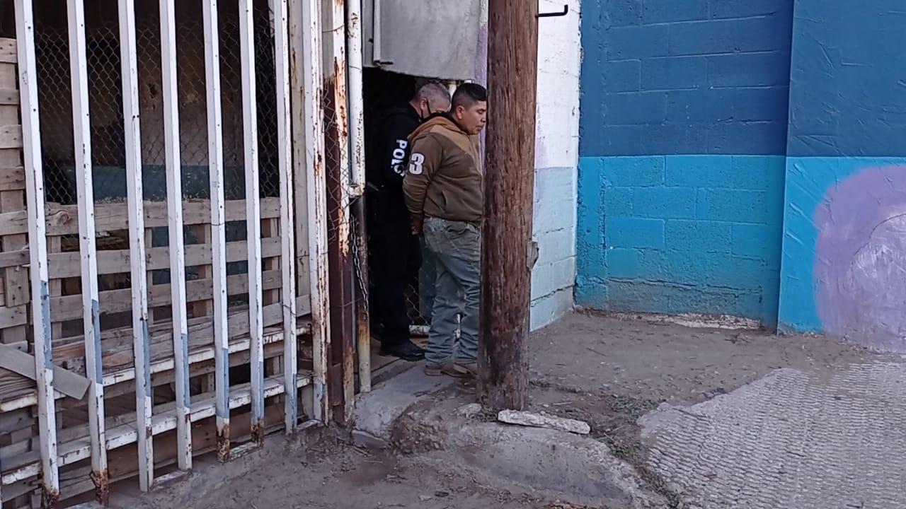 Entraron a robar y se quedaron encerrados