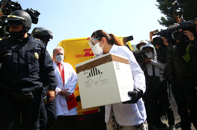 Llegarán mañana más vacunas contra COVID19 a México