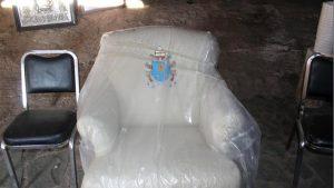 """Hasta el sillón del Papa tenía Duarte en su capilla de """"El Saucito"""""""