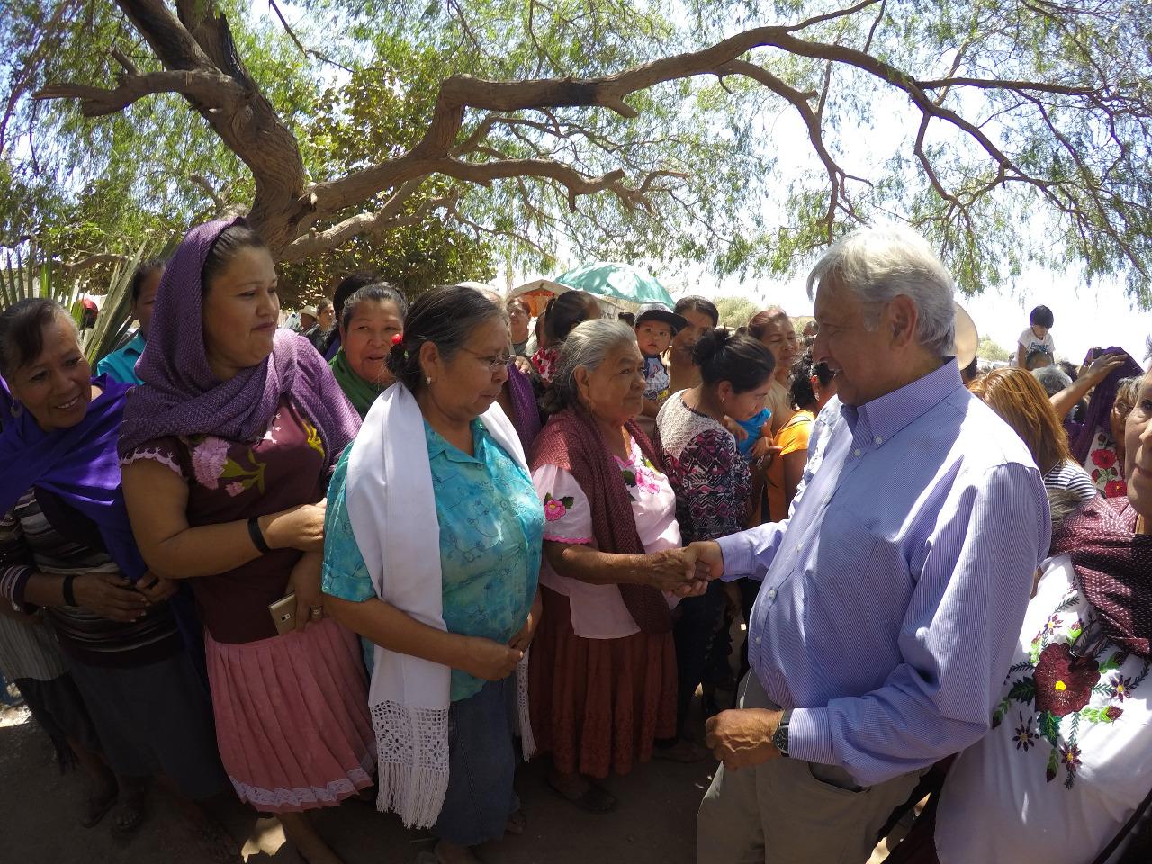 Busca AMLO devolver tierras y agua a los Yaquis, descarta abusos a propietarios de terrenos