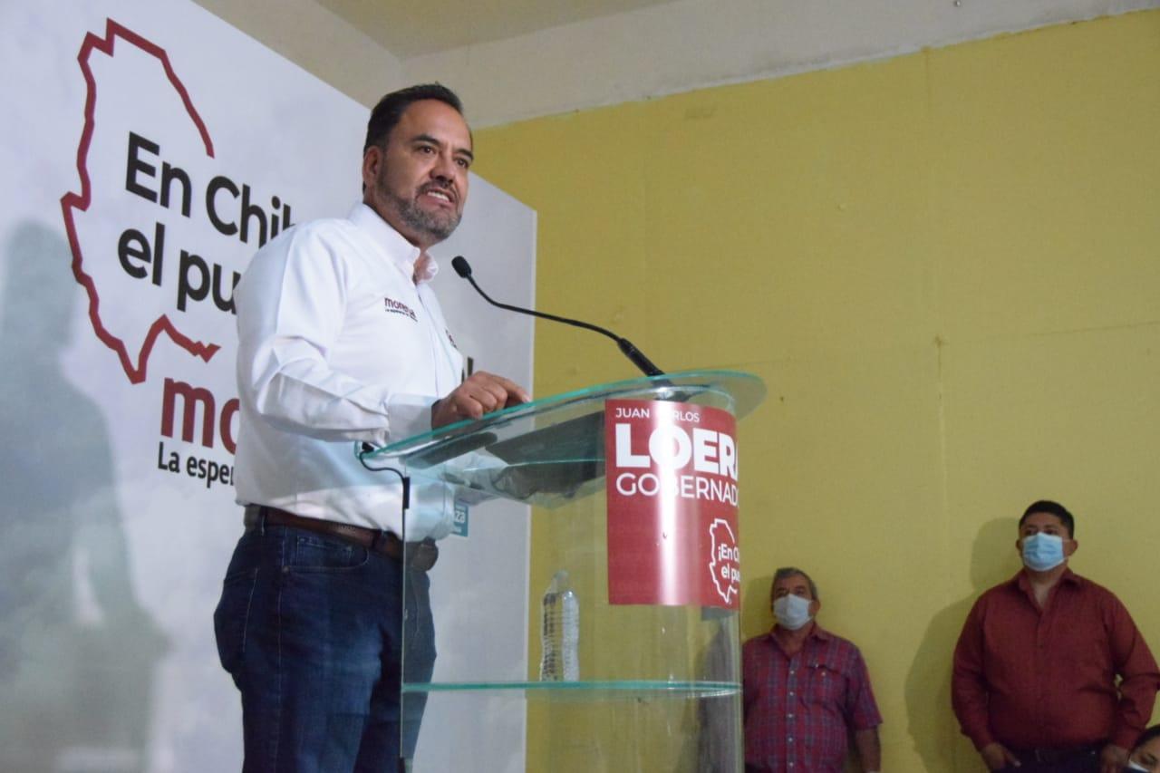 Escucha Juan Carlos Loera a exmineros en Santa Bárbara