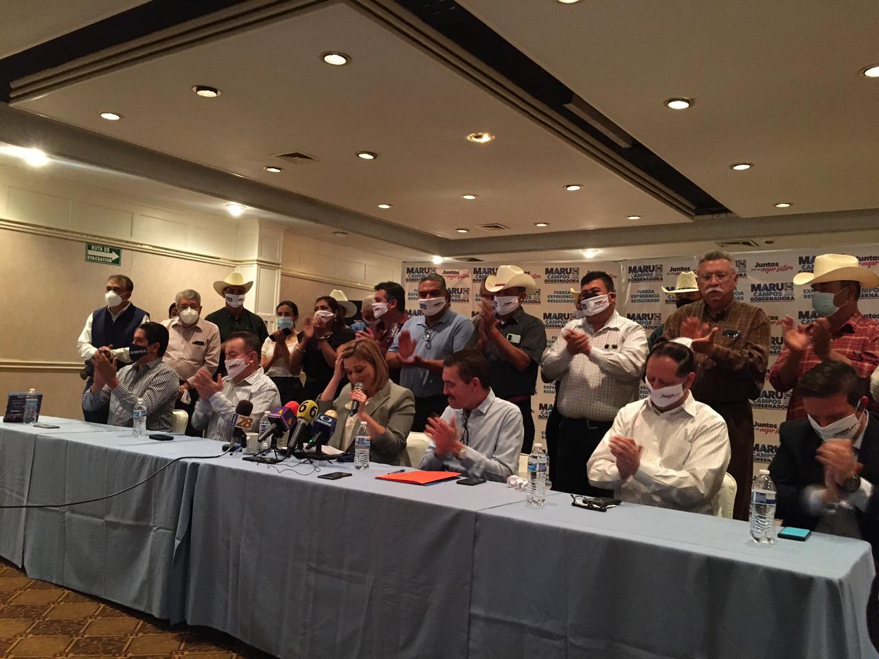 Ex alcaldes del PRI se unen al proyecto de Maru